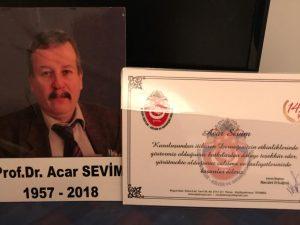1994 yılında Gagauz yayla ilgili ilk ziyaret vehaberleri yazan Rahmetli Prof. Dr Acar Sevim hocamla çok çalışmalar yaptık. Kendisine minnettarız. Değerli eşi Aydan hanım sağlık nedenleriyle toplantımıza katılamadılar bizde değerli hocamı unutmadık. Postayla Teşekkür belgemizi ulaştırdık.